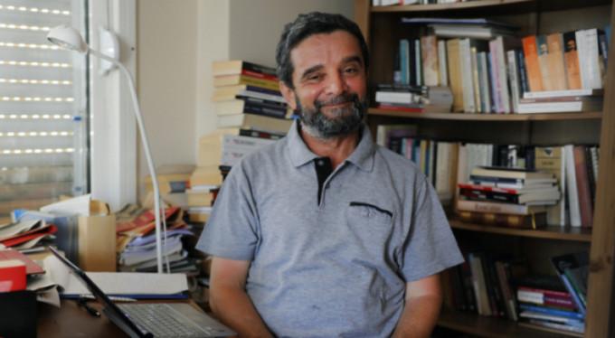 Anayasa Mahkemesi (AYM), 668 Sayılı KHK ile kapatılan Zaman Gazetesi yazarı Mümtazer Türköne'nin yaptığı başvuruyu karara bağladı.